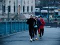 跑步回中国:困兽之斗