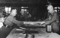 日本签署投降书背后