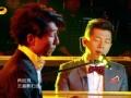 《我是歌手》片花 羽泉组合首秀钢琴 悠扬歌声演绎《再回首》