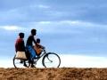 布隆迪疾驰的自行车手(下)