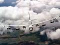 """美军B-52轰炸机""""模拟""""南海作战 所欲何为"""
