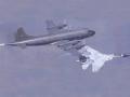"""空中较量 苏-27空中""""开膛""""P-3B之谜"""