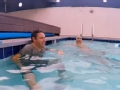 《艾伦秀第14季片花》第十七期 安迪泳姿画风清奇 菲尔普斯与安迪上演水中鏖战