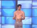 《艾伦秀第14季片花》第二十一期 艾伦穿性感背带替班引尖叫 模特现场脱裤售卖