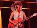 《周六夜现场第42季片花》第四期 LadyGaga嗨翻性感热舞 帅气玩转吉他弹唱