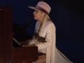 《周六夜现场第42季片花》第四期 LadyGaga弹钢琴优雅献唱 汉克斯嘴瓢主持宠物秀