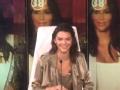 《艾伦秀第14季片花》第五十二期 肯达尔看尺度照片变尴尬 艾伦赠送画像给肯达尔
