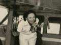 中国第一位女飞行员 李霞卿