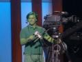 《艾伦秀第14季片花》第一百二十一期 艾伦染绿摄像师 拍恶搞视频称智能设备为CIA工作