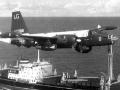 轰-6苏联原型美军航母前坠毁,竟因美国人挡道