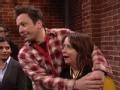 《周六夜现场第42季片花》第十八期 吉米携妻女参观哈佛 与老婆一言不合就接吻