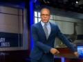 《艾伦秀第14季片花》第一百四十四期 艾伦恶搞NBC新闻主播 仿星巴克新品制独角兽内裤