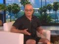 《艾伦秀第14季片花》第一百六十五期 霍伊穿连衫裤绕场跑 遇意外手受伤流血惨叫连连