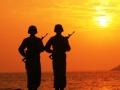 天涯哨兵与北京青年共抒报国情