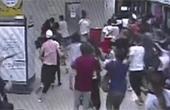 深圳地铁乘客跑动引集体慌乱奔跑