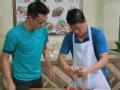《极速前进中国版第四季片花》第六期 张继科变吃货抢强子蟹肉 张星月大方分享