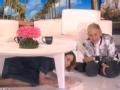 《艾伦秀第15季片花》S15E11 保罗森被小丑吓惨躲桌子求饶