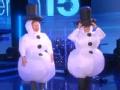 《艾伦秀第15季片花》S15E26 杰西加德穿超萌雪人服比划猜词
