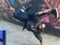 《艾伦秀第15季片花》S15E29 特维奇展示帅气L型踢照片自曝裤裆撕裂
