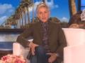 《艾伦秀第15季片花》S15E54 艾伦给萌宝照片打分艾伦内裤抢镜