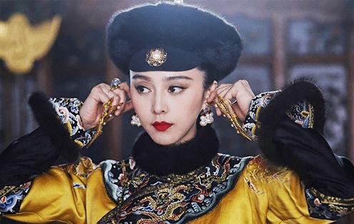 穿龙袍的清朝荣宪公主