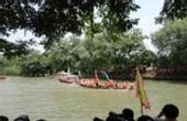 两龙舟队持船桨群殴致4伤