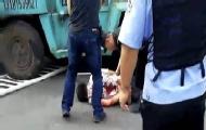 男子开叉车街头乱撞致1死多伤