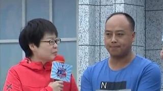 """男生队旗开得胜夺冰箱 赛道""""尖子生""""意外落水海报"""
