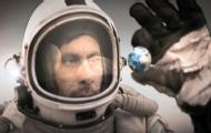 宇航员意外获得神秘力量!
