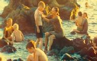 男孩被抓到美人魚海島