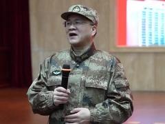 陆军军医大学医疗组组长张宏雁:知道人民解放军来了 很多病人都说更有希望了