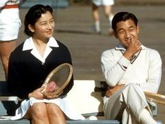日本皇室秘闻:业余网球赛引出轰动全日本的情缘