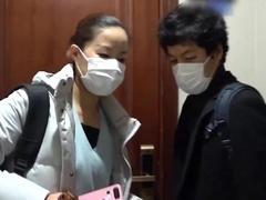 """日本导演拍的""""南京抗疫现场""""震惊网友,他还要把鸭血粉丝汤店开到日本"""