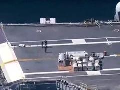 航母趴窝 美军派两栖攻击舰在南海演练