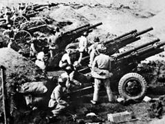 血战四平:林彪实行土改政策,村民拥护共产党