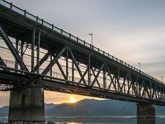 钱塘江大桥风云录,建成89天茅以升为何要亲手炸毁?