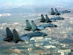 波兰与美国签署《加强防务合作协议》
