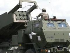 """美""""鱼叉""""岸防巡航导弹系统售台"""