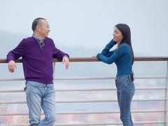 """深圳打拼十年成最美外卖员 提及感情自称""""扶弟魔"""""""