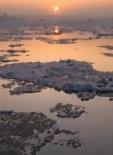 松花江的黎明
